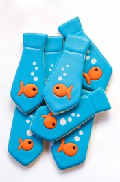 Tie Cookies with Goldfish