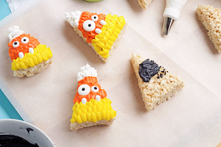 Simple and Fun Halloween Rice Krispie Treats | The Bearfoot Baker