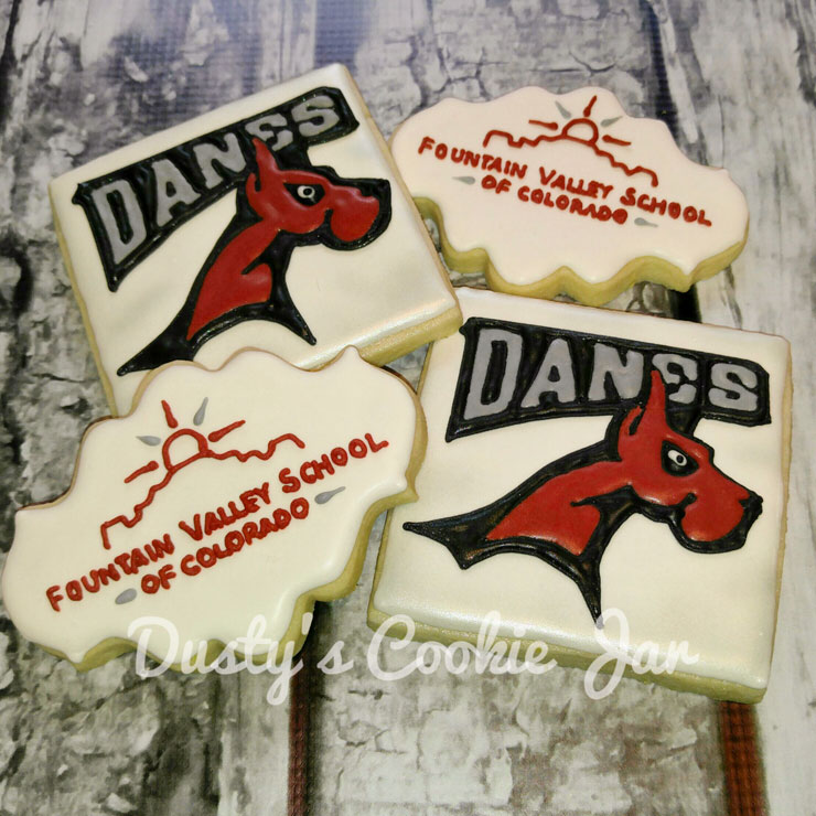 Back to School Round Up - Dusty's Cookie Jar School Logo Cookies by Dusty | The Bearfoot Baker