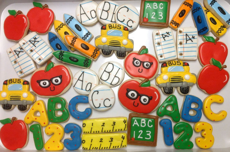 Back to School Round Up - Fun Back to School Cookies by Tammy Cox | The Bearfoot Baker