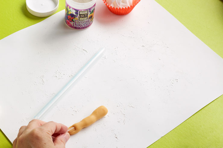 How to Make Easy Fondant Fingers that Look Real | The Bearfoot Baker
