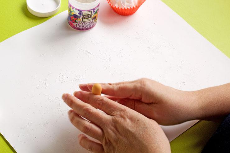 Simple Fondant Fingers Anyone can Make | The Bearfoot Baker