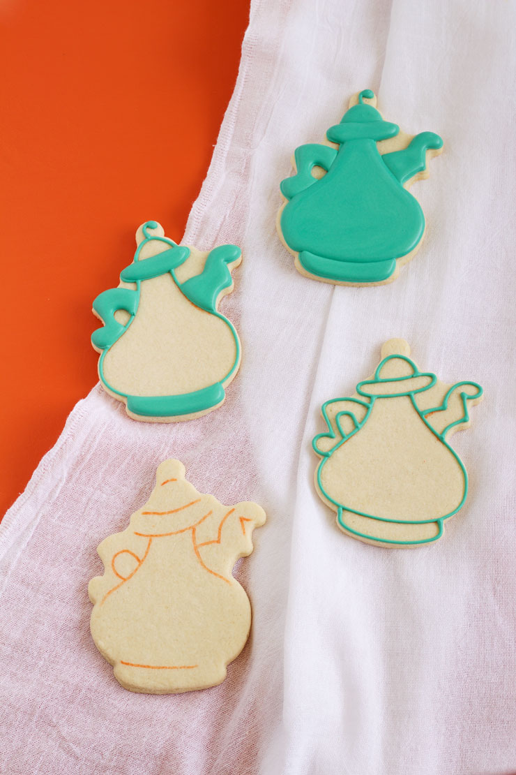 Coffee Pot Cookies | The Bearfoot Baker