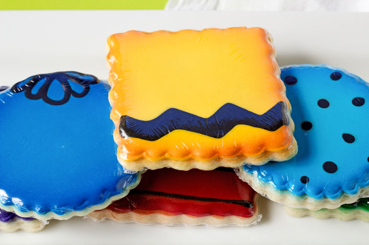 FDA Approved Shrink Bags are Perfect for Packing Decorated Cookies | The Bearfoot Baker