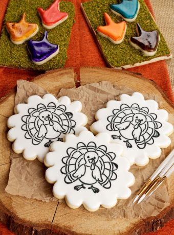 Give the Kids a Paint Your Own Cookie for Thanksgiving | The Bearfoot Baker
