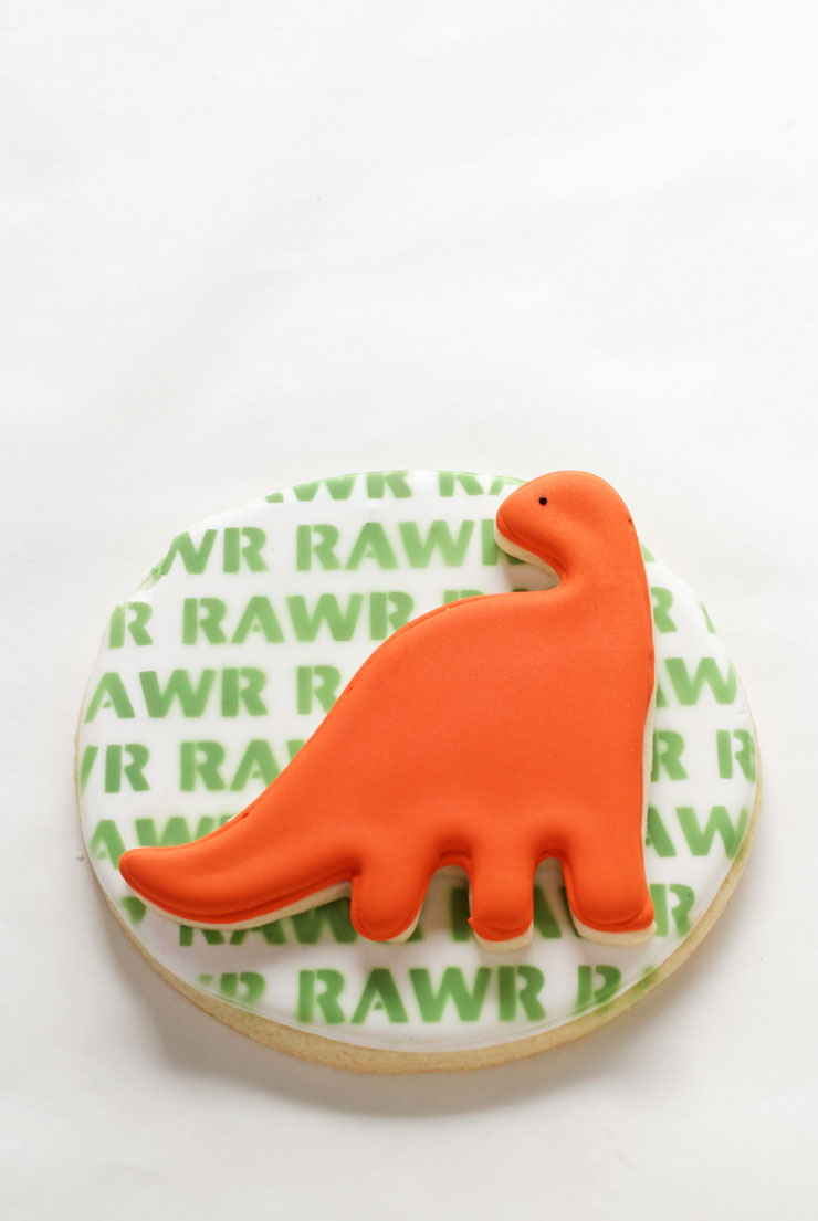 How to Make Easy Dinosaur Cookies -Sugar Cookies Decorated with Royal Icing | The Bearfoot Baker