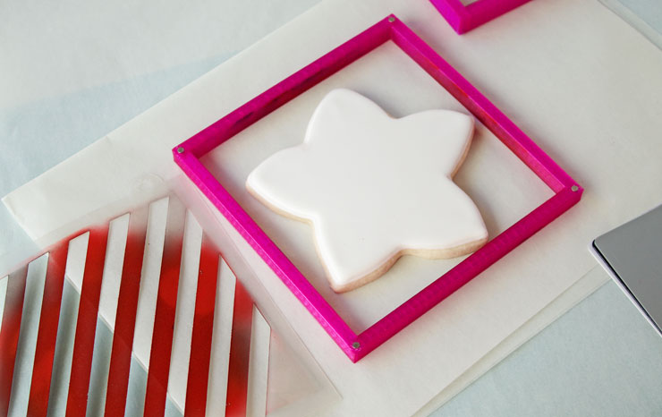How to Make Fun Airbrushed Cookies | The Bearfoot Baker