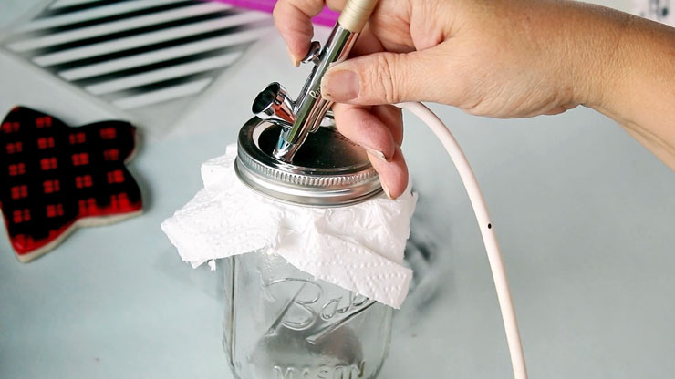 Learn How to Use an Airbrush Cleaning Pot | The Bearfoot Baker