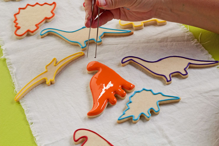 Simple Dinosaur Cookies -Sugar Cookies Decorated with Royal Icing | The Bearfoot Baker