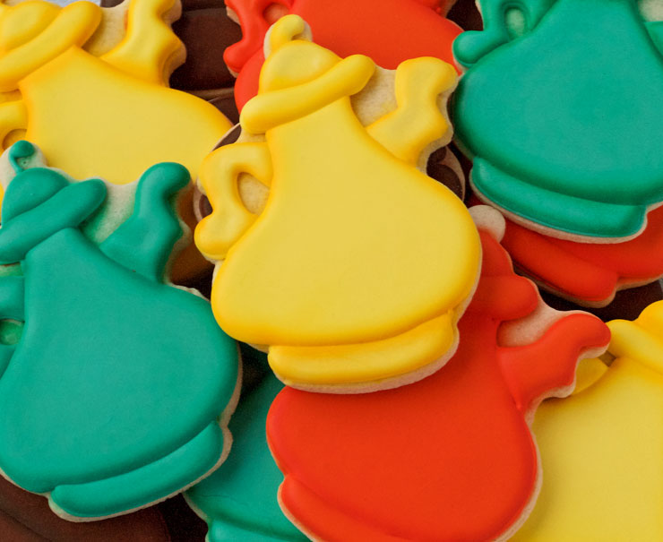 Whimsical Coffee Pot Cookies | The Bearfoot Baker