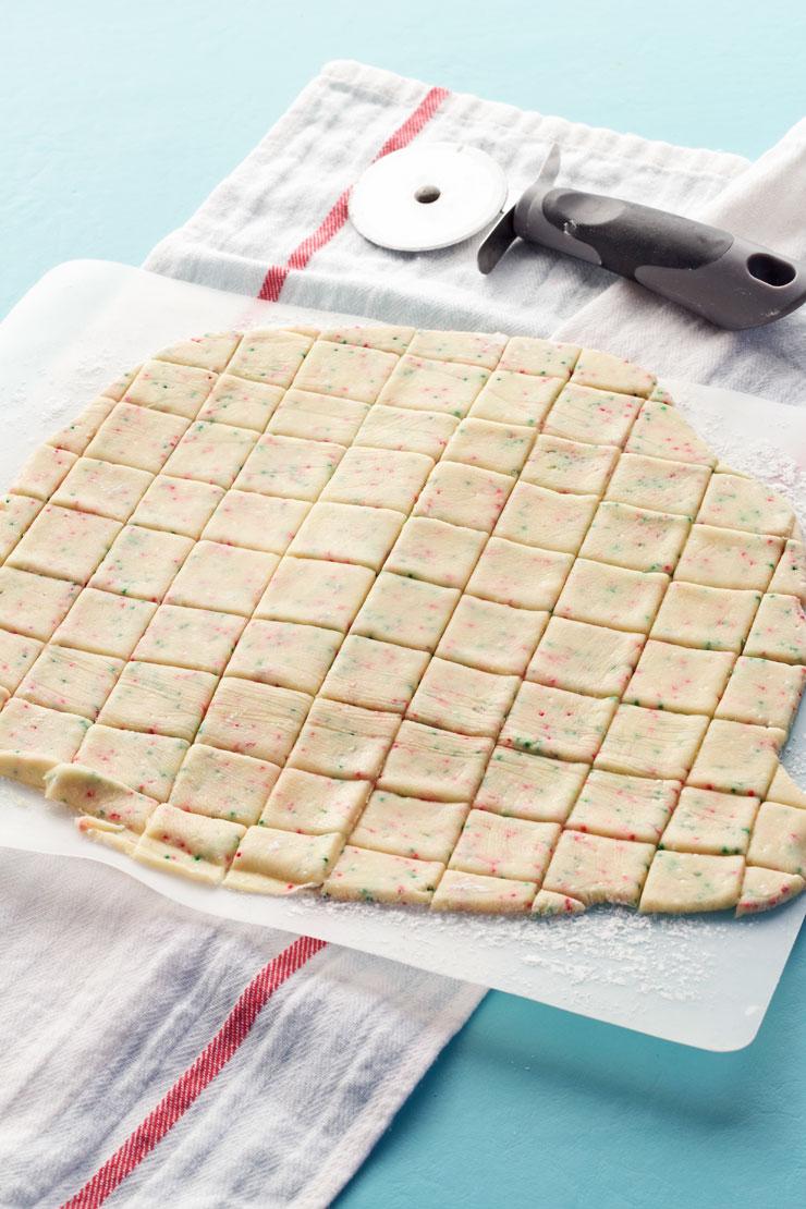 Easy Sprinkle Sugar Cookies | The Bearfoot Baker