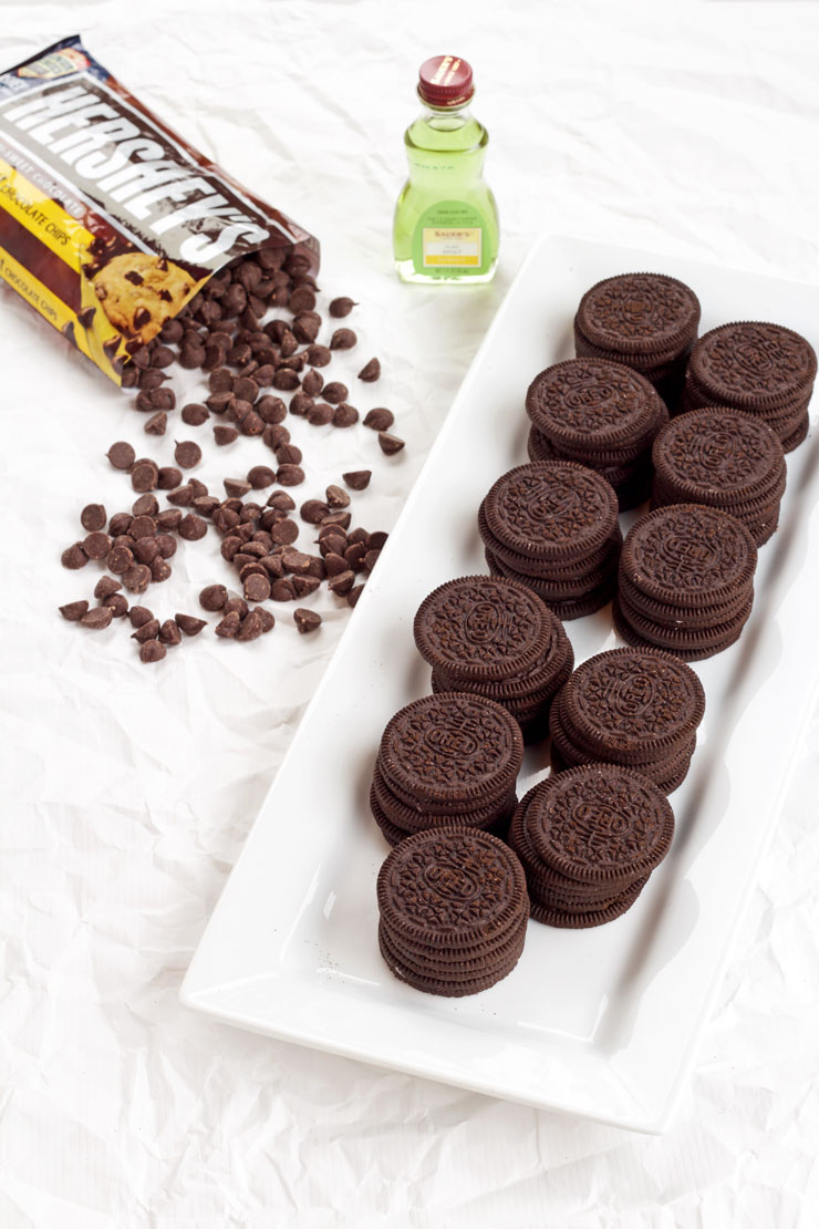 Easy Thin Mint Cookie Recipe   The Bearfoot Baker