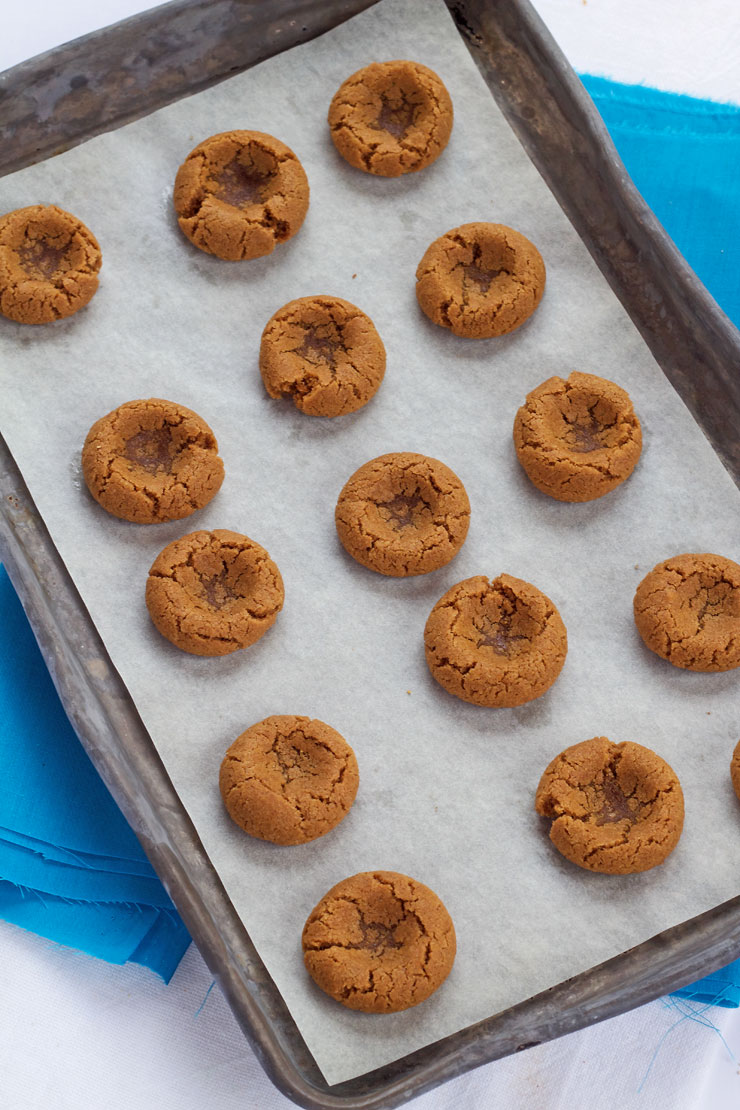How to Make Simple Gingerbread Thumbprint Cookies | The Bearfoot Baker