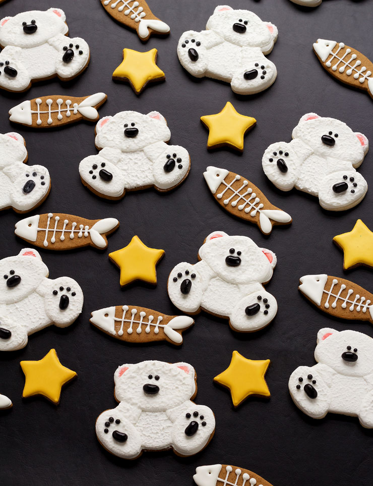 Learn How to Make These Decorated Polar Bear Cookies | The Bearfoot Baker