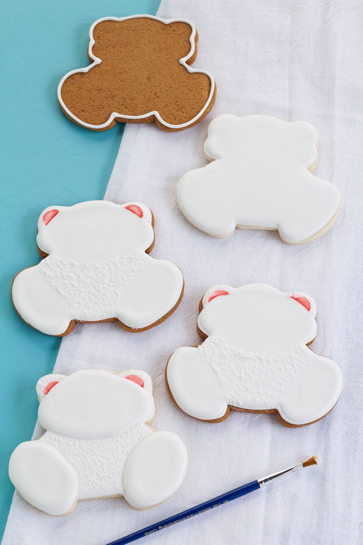 Learn How to Make These Decorated Polar Bear Cookies with this Easy to Follow Tutorial | The Bearfoot Baker
