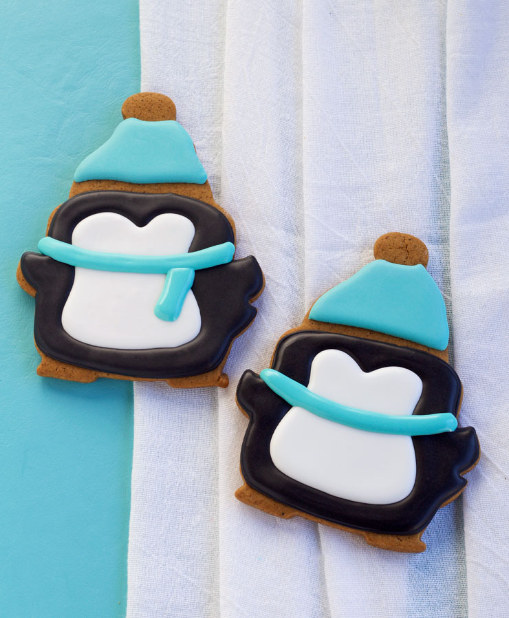 Simple Penguin Cookies for Christmas | The Bearfoot Baker