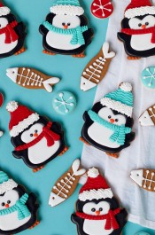 Simple Penguin Cookies with Cute Little Fish Cookies | The Bearfoot Baker