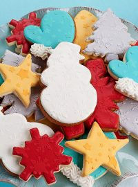 How to Stencil Cookies with Royal Icing | The Bearfoot Baker