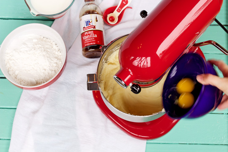 Classic Pound Cake Recipe with a Video | The Bearfoot Baker