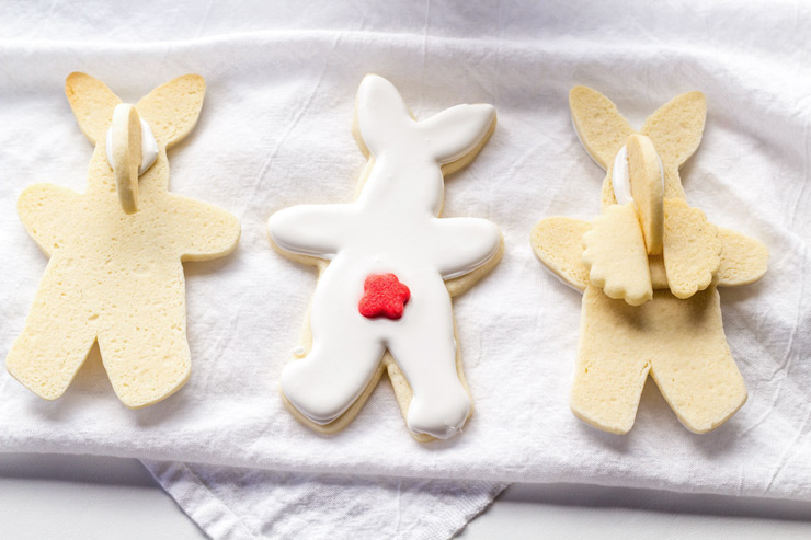 Easy Hanging Mug Bunny Cookies | The Bearfoot Baker