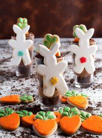 How to Make Hanging Mug Bunny Cookies | The Bearfoot Baker