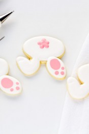 Make Simple Bunny Cookies with a Video | The Bearfoot Baker