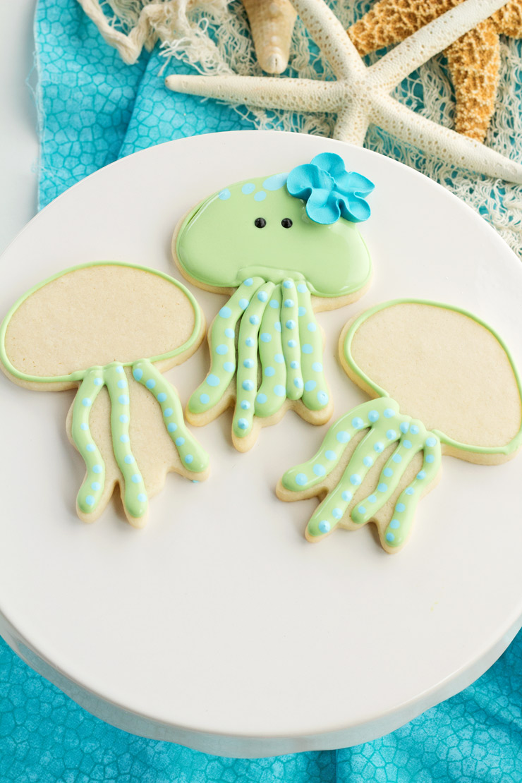 How to Make Cute Little Jellyfish Cookies | The Bearfoot Baker