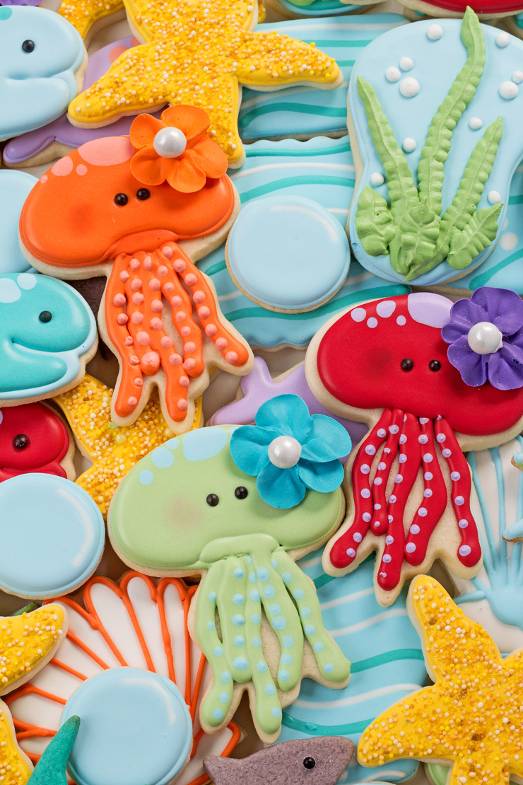 How to Make Jellyfish Cookies with a How to Video | The Bearfoot Baker