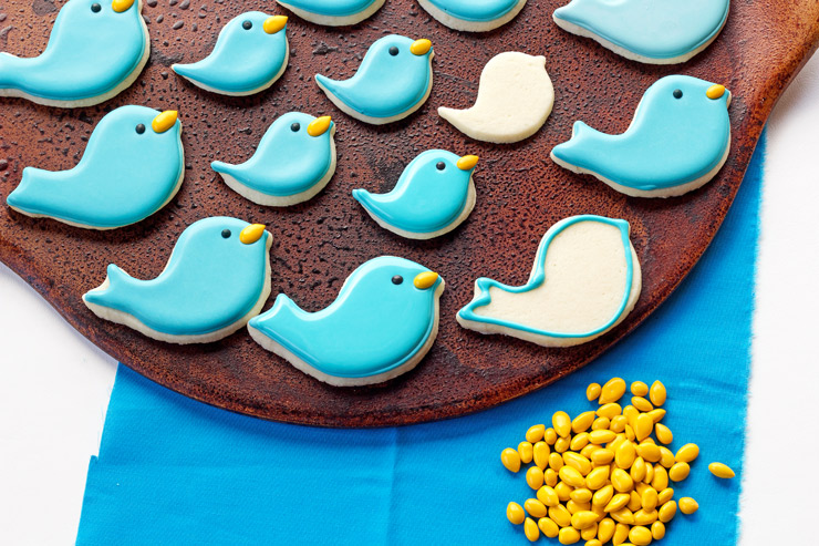 Simple Little Blue Bird and Flower Cookies | The Bearfoot Baker
