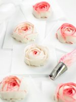 How to Make Stunning Buttercream Ranunculus with Video | The Bearfoot Baker