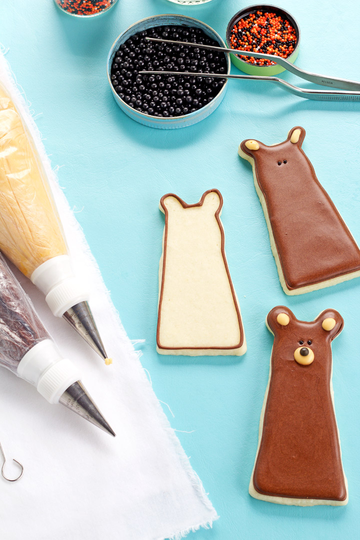 How to Make Simple Bear Cookies that are Decorated with Royal Icing | The Bearfoot Baker