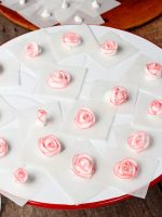 Royal Icing Roses-Tutorial with a how to Video | The Bearfoot Baker
