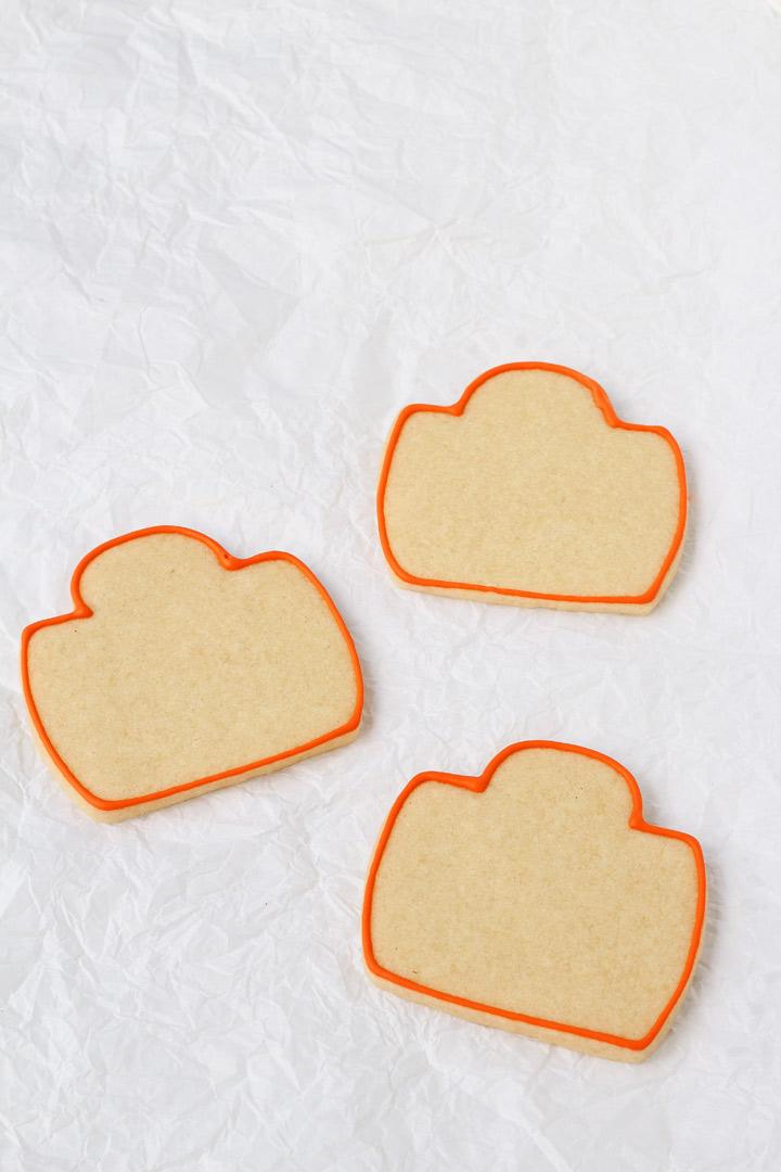 How to Make Cute Camera Cookies   The Bearfoot Baker