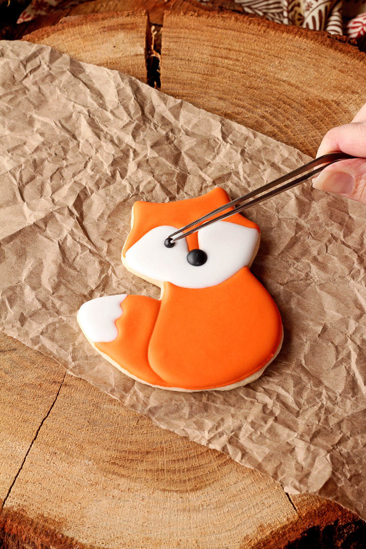 How to Make Easy Little Fox Cookies with Video | The Bearfoot Baker