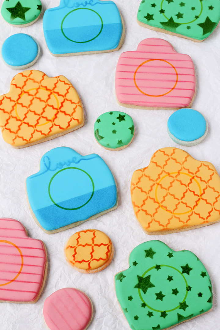 How to Make Fun Little Camera Cookies | The Bearfoot Baker