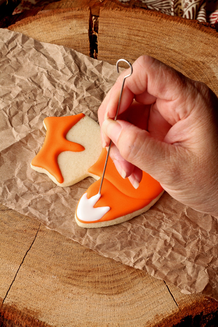 How to Make Fun Little Fox Cookies | The Bearfoot Baker