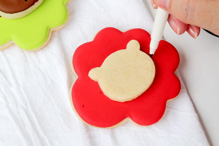 How to Make Simple Ballerina Bear Cookies | The Bearfoot Baker