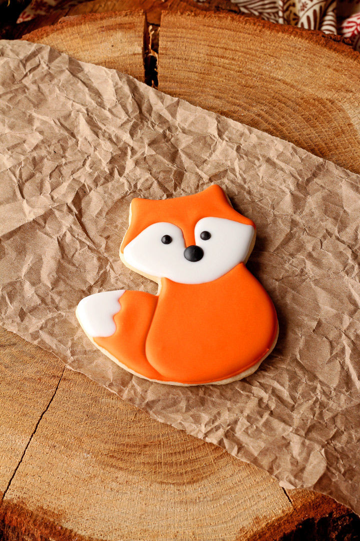 How to Make Simple Little Fox Cookies with Video | The Bearfoot Baker