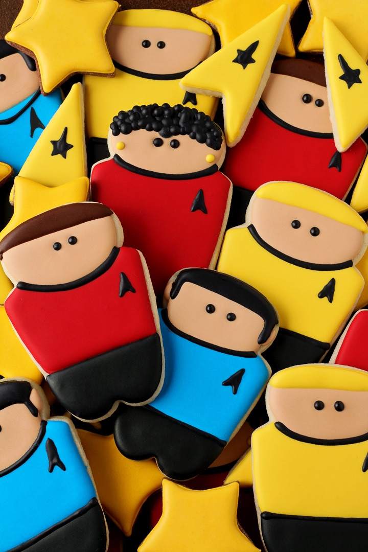 How to Make Star Trek Cookies with a How to Video | The Bearfoot Baker
