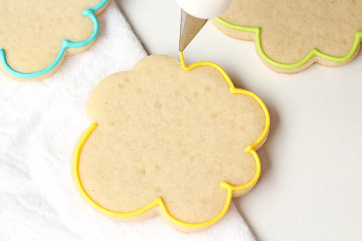Simple Ballerina Bear Cookies | The Bearfoot Baker