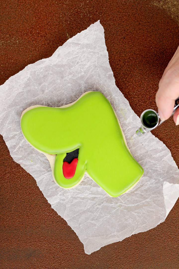 How to Airbrush Fun Dinosaur Cookies | The Bearfoot Baker