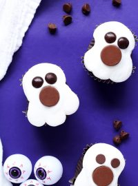 How to Make Spooky Ghost Cupcakes with a How to Video | The Bearfoot Baker