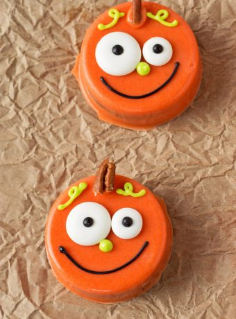 How to Make Chocolate Covered Pumpkin Oreo's with an Easy to Follow Step by Step Video   The Bearfoot Baker