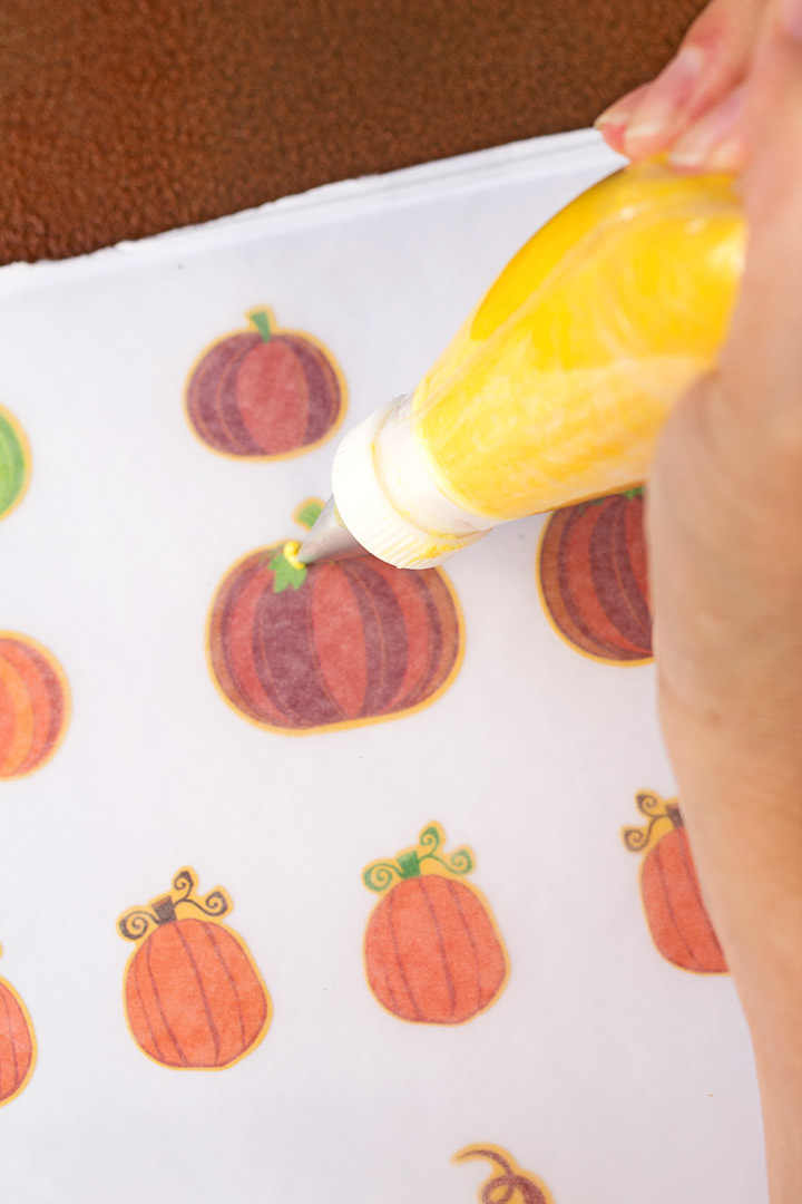 How to Make Fun Little Pumpkin Royal Icing Decorations with a How to Video | The Bearfoot Baker