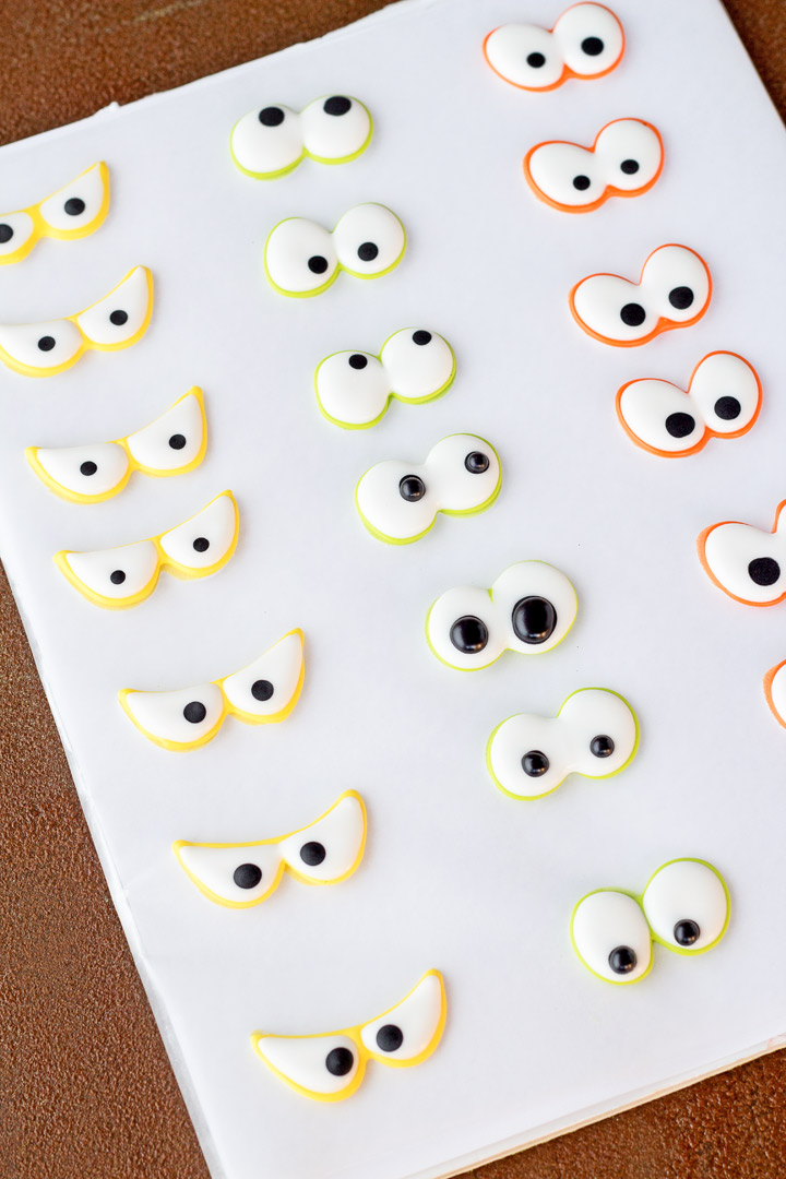 How to Make Spooky Candy Eyes with a Video | The Bearfoot Baker