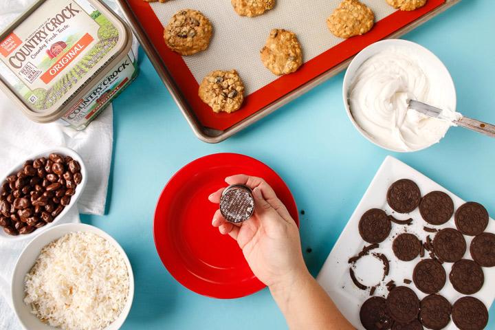 Country Crock® Make It Yours™ Oatmeal Raisin Mama Bear Cookies | The Bearfoot Baker