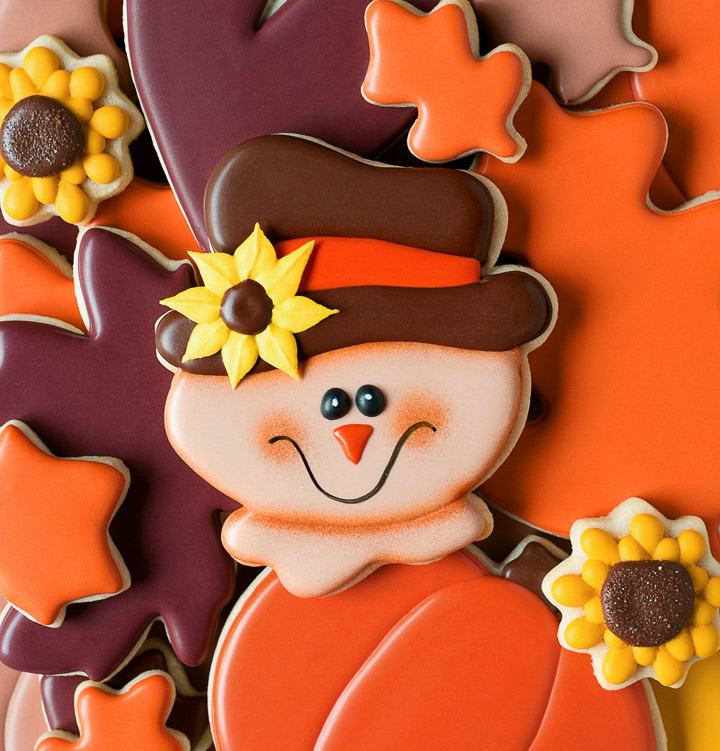How to Make Simple Scarecrow Cookies with a Video Tutorial | The Bearfoot Baker
