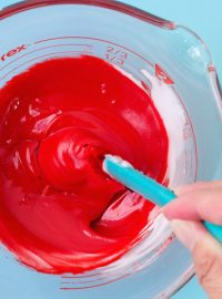 How to Make This Super Red Royal Icing | The Bearfoot Baker
