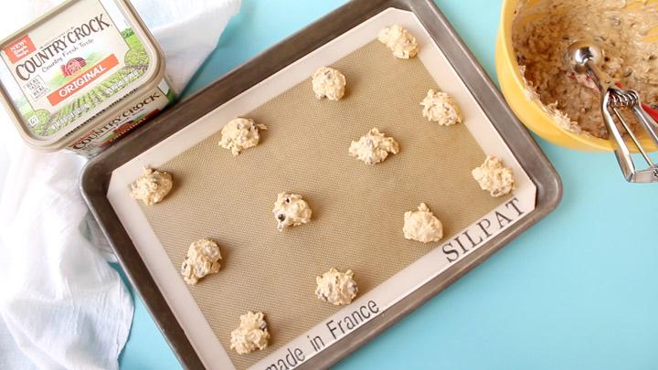 Make It Yours™ Country Crock® Easy Oatmeal Raisin Mama Bear Cookies Recipe | The Bearfoot Baker