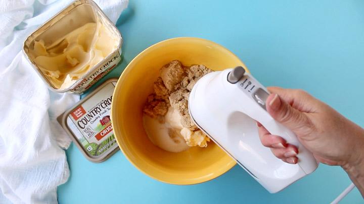 Make It Yours™ Oatmeal Raisin Mama Bear Cookies Recipe | The Bearfoot Baker